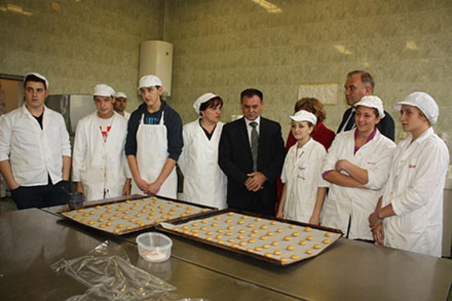 Župan Tomašević u obilasku Poljoprivredno – prehrambene škole