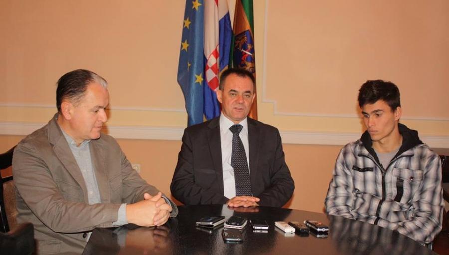 Župan primio mladog boksača Mihaela Jugovića