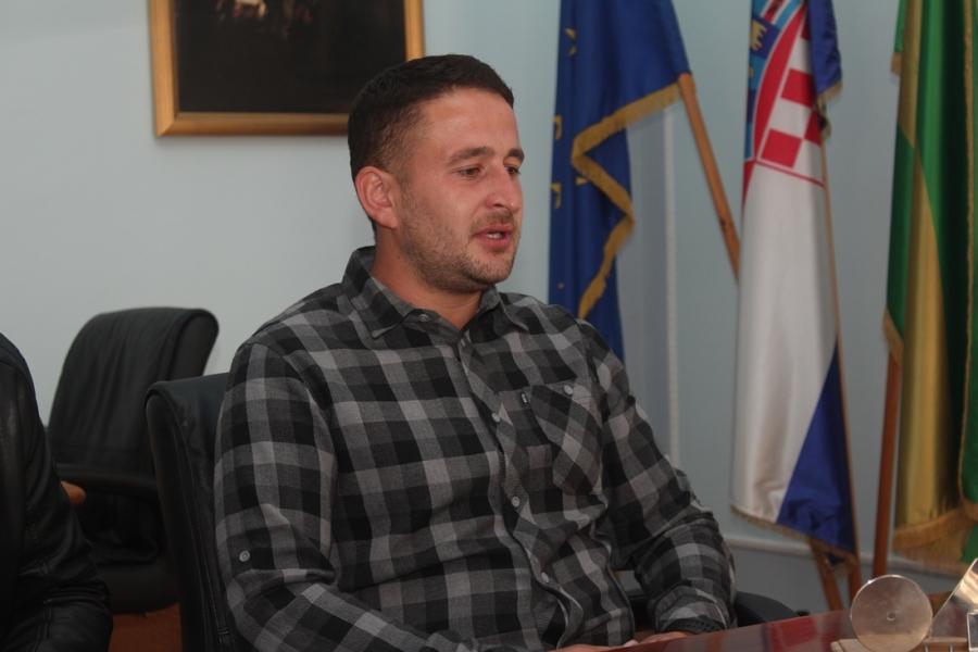 Miroslav Bartolović državni prvak na natjecanju u oranju s plugovima ravnjacima predstavljat će Hrvatsku na Svjetskom natjecanju u Rusiji