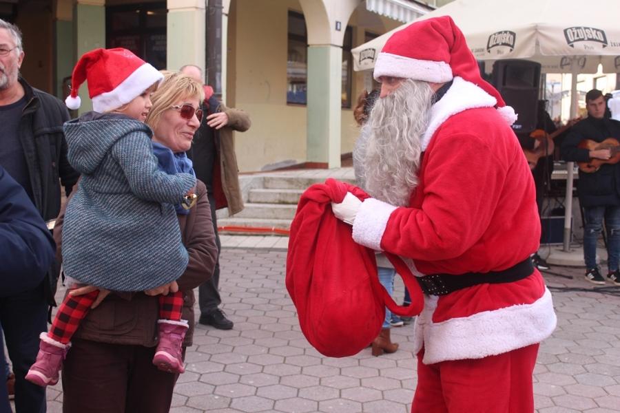 Tradicionalni Božićni domjenak za građane