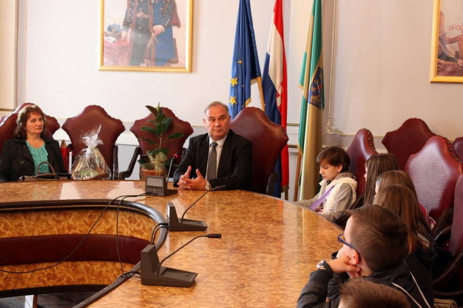 Brestovački osnovnoškolci posjetili Požeško - slavonsku županiju