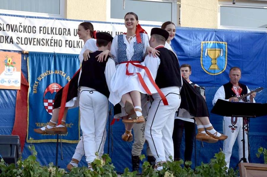 Održana 37. Smotra slovačkog folklora u Hrvatskoj