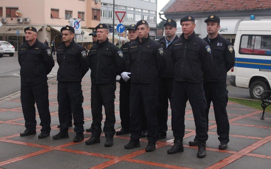 Položeni vijenci povodom Dana policije