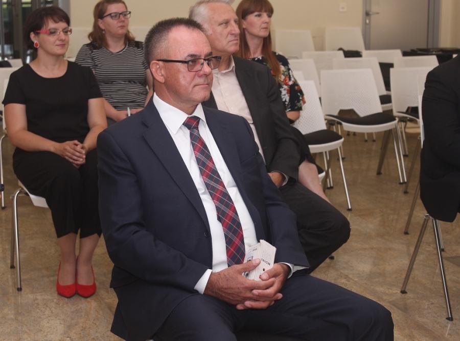 Svečano potpisivanje ugovora o dodjeli bespovratnih sredstava iz Razvojnog sporazuma za područje Slavonije, Baranje i Srijema
