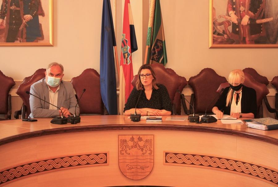 Županica Jozić održala sastanak s ravnateljima škola