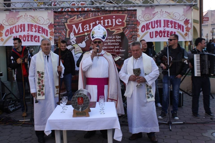 Održana manifestacija Okusi jeseni u Požegi