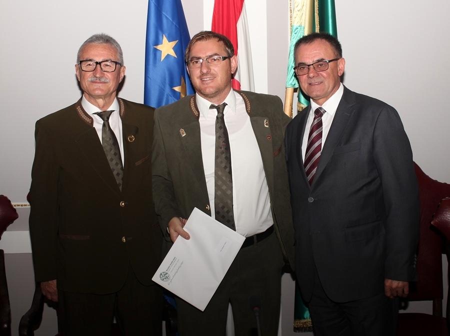 Dodijeljeni ugovori za police osiguranja lovačkim društvima Požeško-slavonske županije
