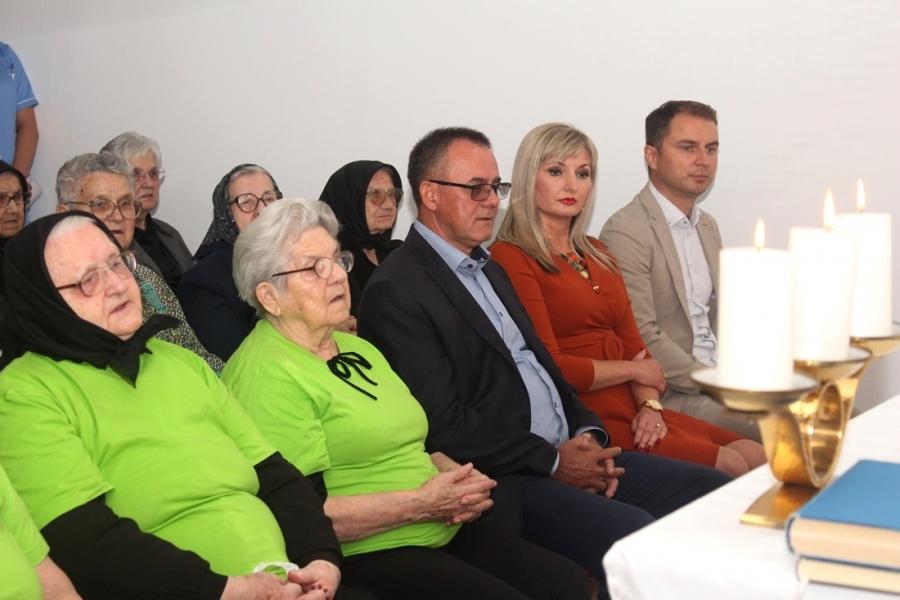 Korisnici Doma za starije i nemoćne osobe Velika proslavili Međunarodni dan starijih osoba