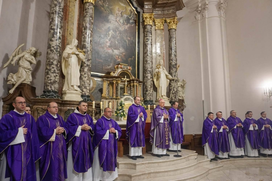 Godišnjica smrti kardinala Franje Kuharića u požeškoj Katedrali