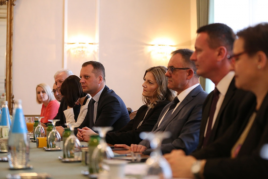 Župani pet slavonskih županija potpisali Ugovor o suradnji i zajedničkom korištenju prostora Ureda Agencije u Bruxellesu