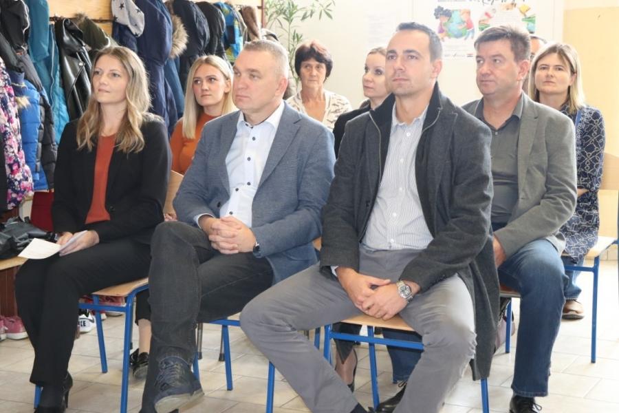 Održana početna konferencija projekta energetske obnove zgrade Područne škole u Badljevini