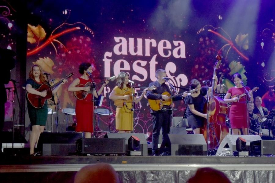 """Održana završna večer Aurea Festa 2021. uz tradicionalne """"Zlatne žice Slavonije"""""""