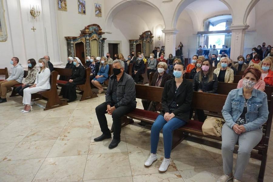 Svetkovina Presvetog Trojstva i misa za Domovinu u požeškoj Katedrali