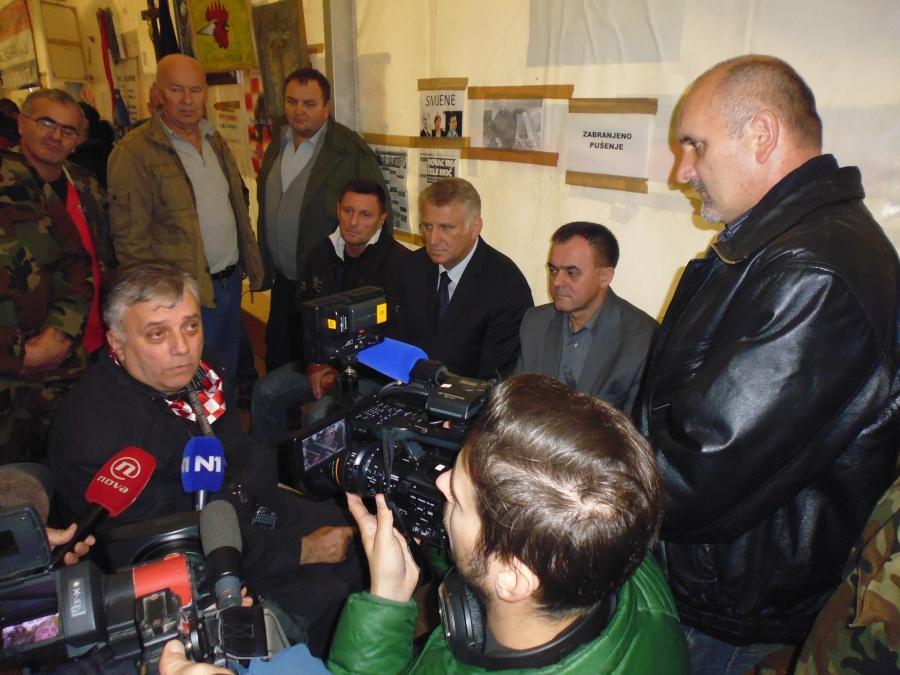 Župan Tomašević i saborski zastupnik Lucić dali potporu hrvatskim braniteljima