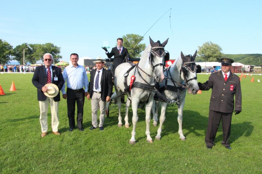 U Pleternici održan Međunarodni konjički turnir