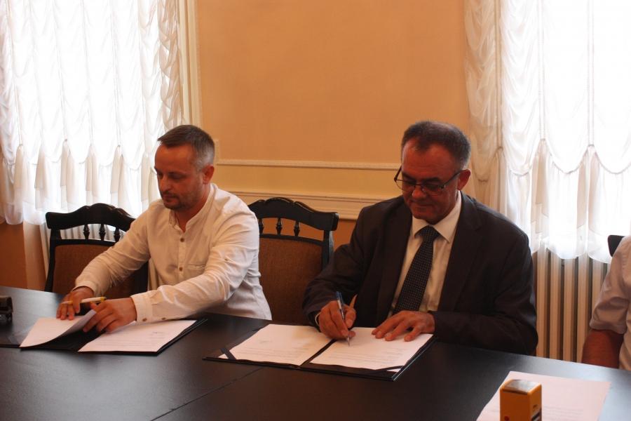 Ugovor s izvođačem vrijedan milijun kuna potpisao župan Alojz Tomašević