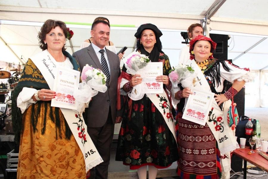 """Prijave na izbor """"Najuzornija hrvatska seoska žena"""" u tijeku"""