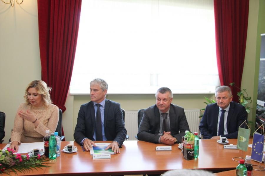 Potpisan Ugovor Razvoj vodno-komunalne infrastrukture aglomeracije Pleternica
