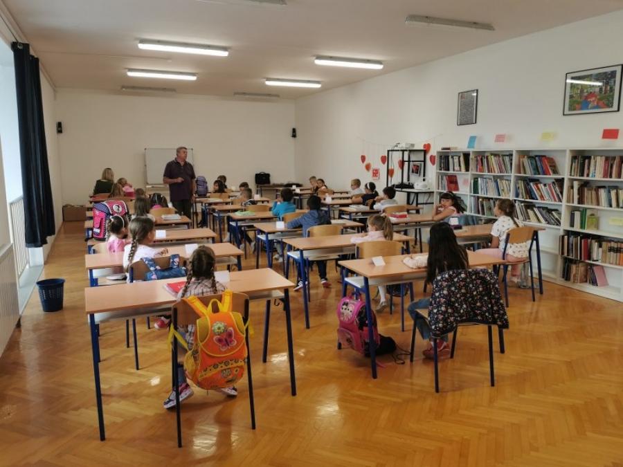 Županija prvašićima uručila poklone povodom početka školske godine