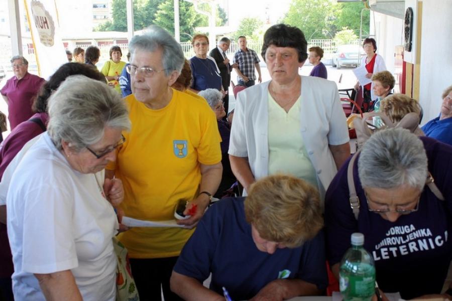 Župan Alojz Tomašević otvorio Sportske susrete umirovljenika Požeško-slavonske županije