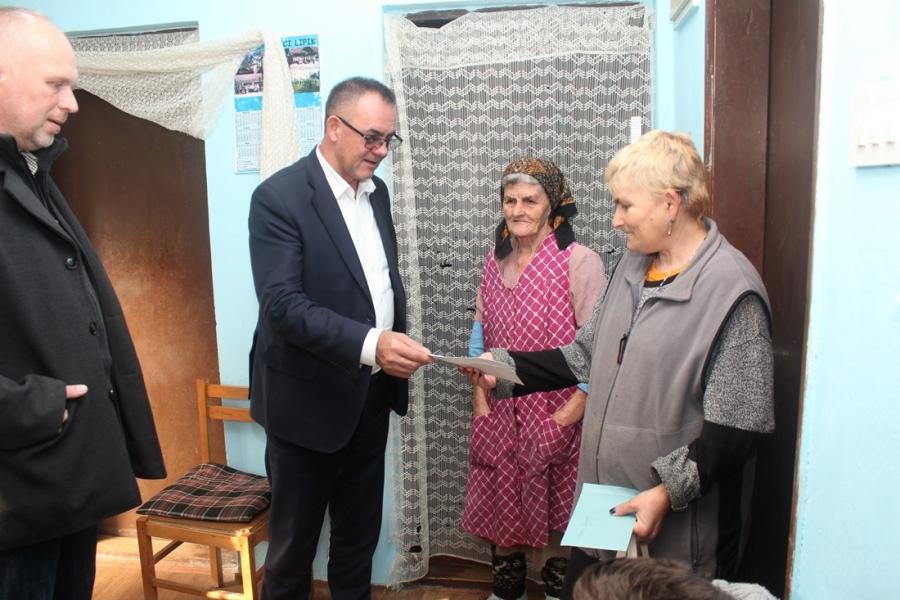 Župan i ove godine pružio pomoć socijalno ugroženim obiteljima