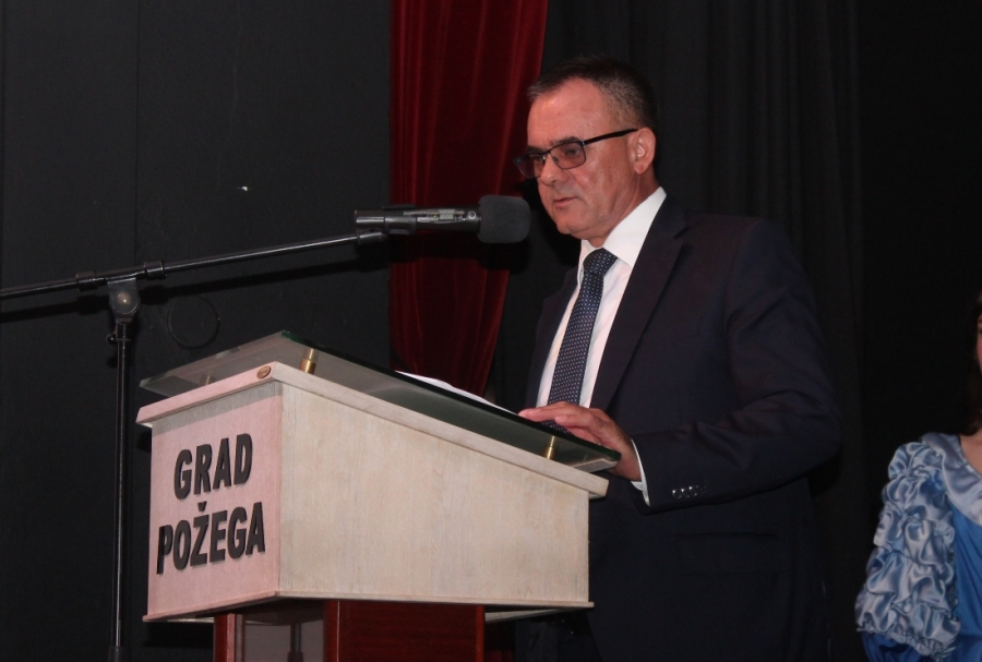Svečanom akademijom Gimnazija u Požegi obilježila 320 godina postojanja