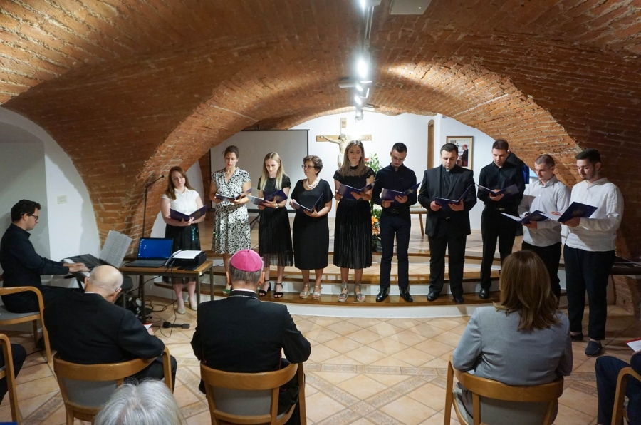 Održan simpozij povodom 800. obljetnice Požeškoga zbornog kaptola Sv. Petra